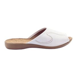 Le pantofole da donna Befado scivolano in pantofole 254d058 bianco