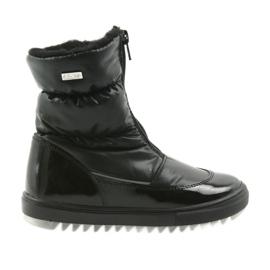 Stivali con una membrana Bartek 44405 nero