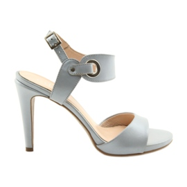 Sandali in pelle su un perno Edeo 3208 grigio