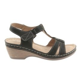 Comodi sandali da donna DK neri