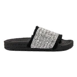 Comode pantofole VICES nero