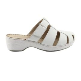 Pantofole da donna Caprice 27350 bianco