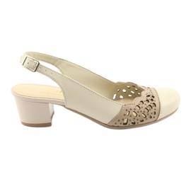 Marrone Gregors 771 sandali da donna beige