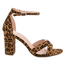Ideal Shoes marrone Sandali al bar