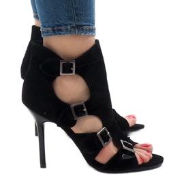 Sandali neri sullo stiletto in pelle scamosciata GH048 nero