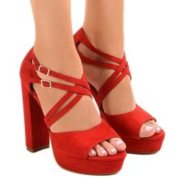Rosso Sandali rossi sullo stiletto D09 in pelle scamosciata