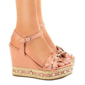 Sandali rosa su cunei 2445