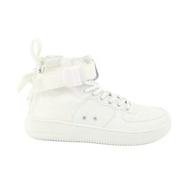 Big Star Sneaker grande stella allacciata bianco 274648