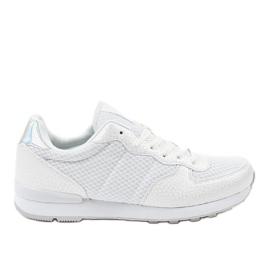Bianco Calzature sportive da uomo bianche 5535A-1