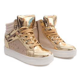 Sneakers isolate Y-25 Gold giallo