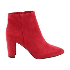 Stivali sul palo Sergio Leone 548 rosso