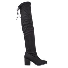Ideal Shoes Coscia di camoscio nero