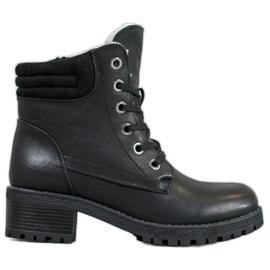 Goodin Stivali stringati con montone nero