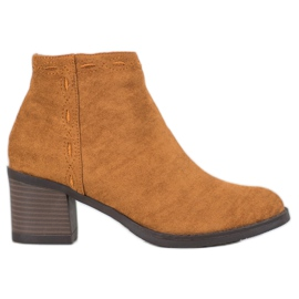 Kylie Camel Boots On A Bar marrone