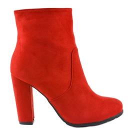 Stivali rossi alti sul palo F912 rosso