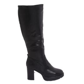 Stivali con tacchi isolati neri Q600-04 Nero