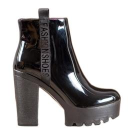 Seastar Stivali alla moda laccati nero