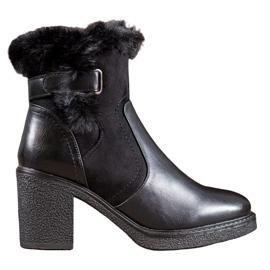 SHELOVET Stivali con pelliccia nero