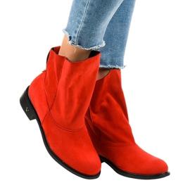 Stivali piatti rossi isolati 6672-7 rosso