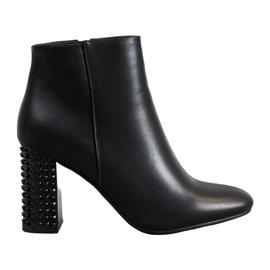 SHELOVET Stivali Con Un Tacco Decorativo nero