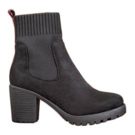 Erynn Slip-on Jodhpur Boots On A Post nero
