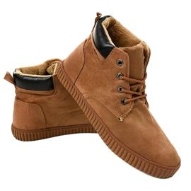 Sneakers da uomo isolate marrone AN06 2