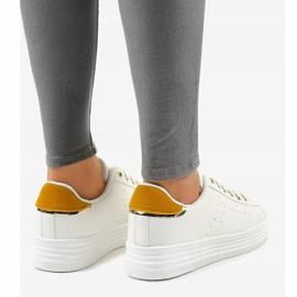 Sneakers classiche bianche sulla piattaforma BK-52 bianco 4