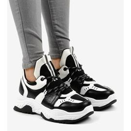 Sneakers da donna in bianco e nero CB-136 1