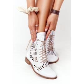 Stivali in pelle traforata Nicole 2627 White bianco 2