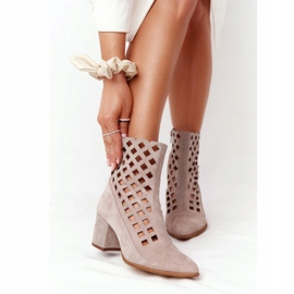 Stivali traforati in pelle scamosciata sul tacco alto Nicole 2638 Cappuccino beige 2