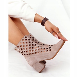 Stivali traforati in pelle scamosciata sul tacco alto Nicole 2638 Cappuccino beige 7