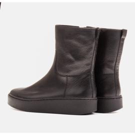 Marco Shoes Comodi stivali Marco con fondo piatto nero 4