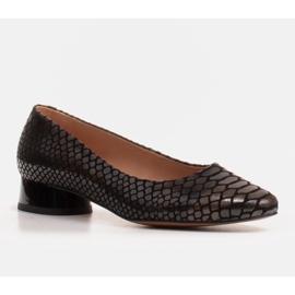 Marco Shoes Ballerine in pelle di serpente con tacco tondo nero 1