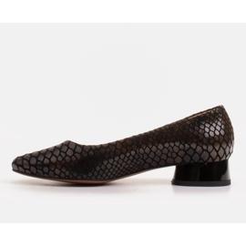 Marco Shoes Ballerine in pelle di serpente con tacco tondo nero 2