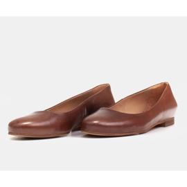 Marco Shoes Ballerine in pelle fiore marrone, lucidate a mano 6